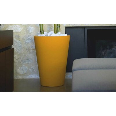 Cono Alto High Fang Round Flower Pot Planter