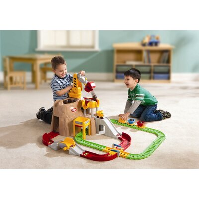 Little Tikes Big Adventures Construction Peak Rail and Road