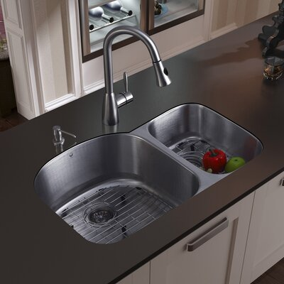 "Vigo 31.5"" x 20.5"" Double Bowl Undermount Kitchen Sink with Faucet, Two Grids, Two Strainers and  Soap Dispenser"