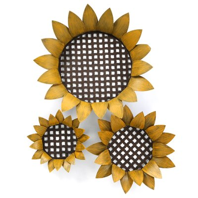<strong>IMAX</strong> 3 Piece Sunflower Tray Wall Décor Set