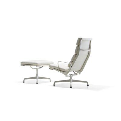 Herman Miller ® Eames Soft Pad Group Chair