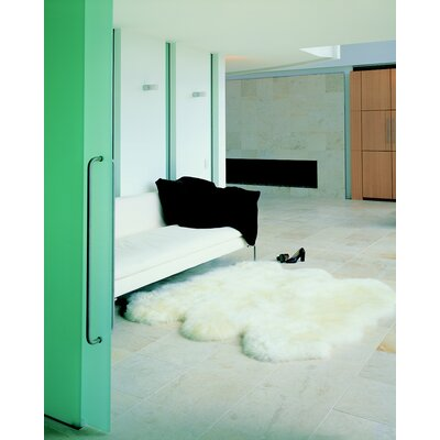 nuLOOM Sheepskin Shag Next to Sheepskin Natural 6 Pelt Rug