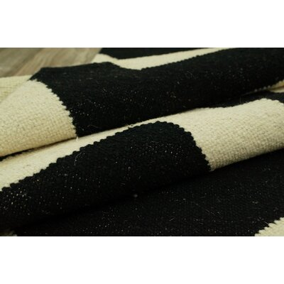 nuLOOM Moderna Black Chevron Rug