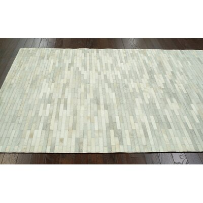 nuLOOM Hides Off White Patches Rug