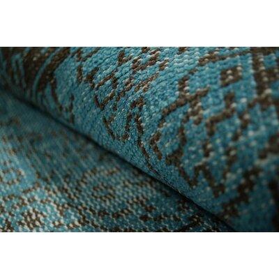 nuLOOM Ayers Turquoise Washed Damask Fringe Rug