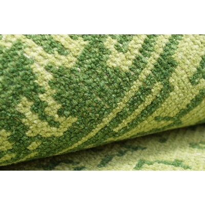nuLOOM Ayers Green Washed Damask Fringe Rug