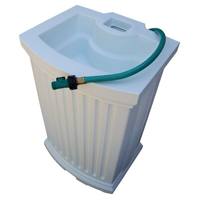 Mayne Inc. Madison 40 Gallon Rain Catcher