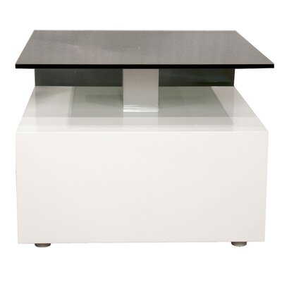 Star International Veranda End Table