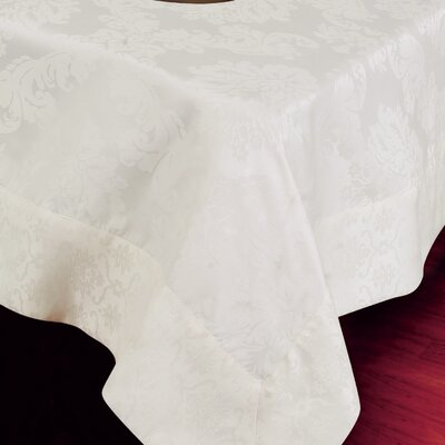 Vintage Damask Design Tablecloth