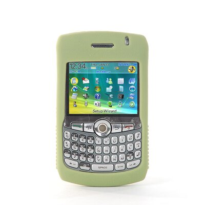 Gut Cases Blackberry Curve Gripper in Green