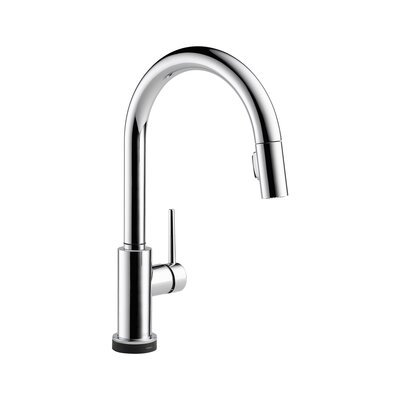 Delta Trinsic Pullout Spray Touch Kitchen Faucet with Touch2O, MagnaTite Docking, Diamond Seal and Touch Clean Technologies