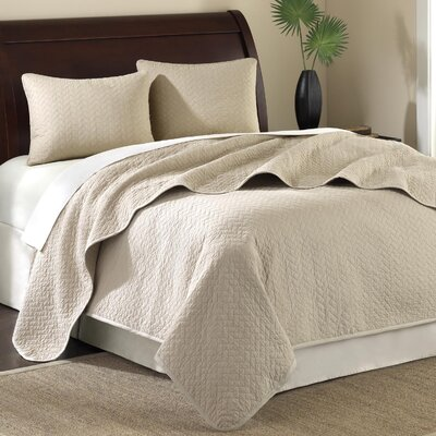 Hampton Hill Pine Manor 3 Piece Coverlet Set