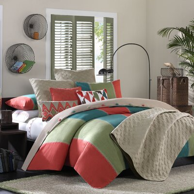 Hampton Hill Martinique Bedding Collection