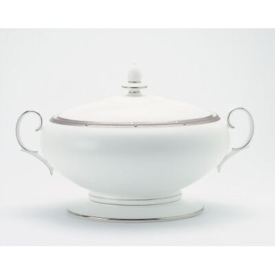 Noritake Rochelle Platinum 64 oz. Covered Vegetable Dish