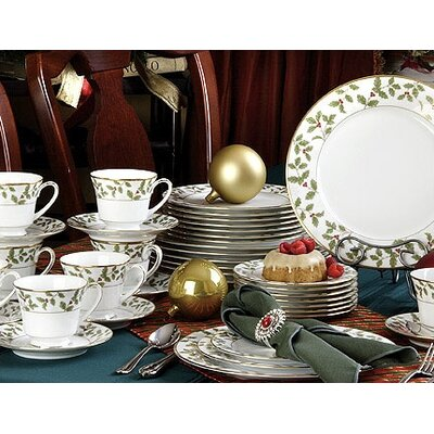 Noritake Holly and Berry Gold 40 Piece Dinnerware Set
