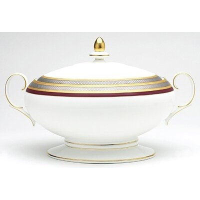 Noritake Ruby Coronet 70 oz. Covered Vegetable Bowl