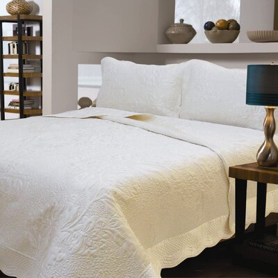 J&J Bedding Satiny Floral Quilt Collection