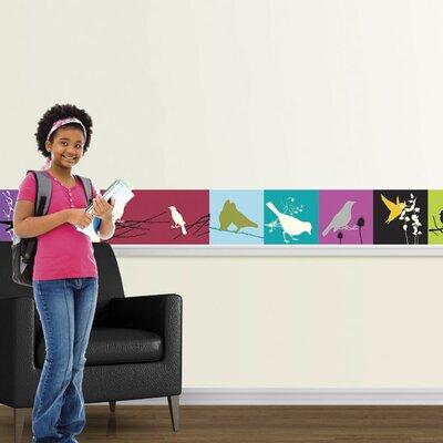 4 Walls A Bird Hand Mural Style Wallpaper Border
