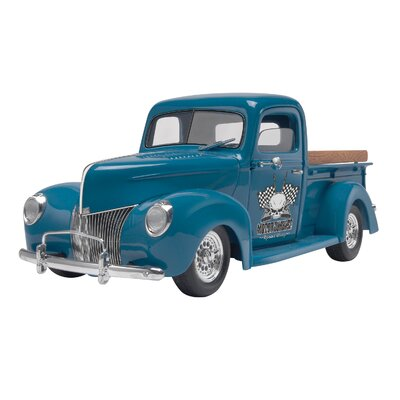 1940 Ford Custom Pickup Model Kit