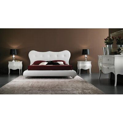 YumanMod Victoria Wingback Bedroom Collection