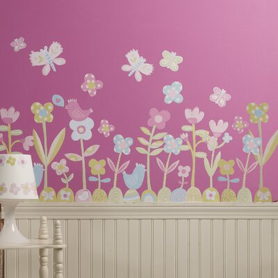 Wallies Baby Daisy Peel and Stick Wall Stickers