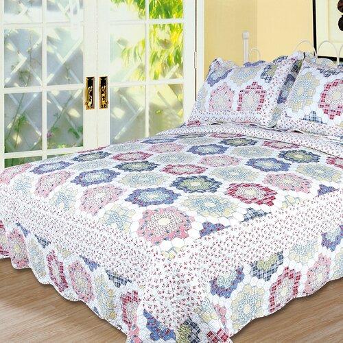 Textiles Plus Inc. Kaleidoscope 3 Piece Full/Queen Quilt Set