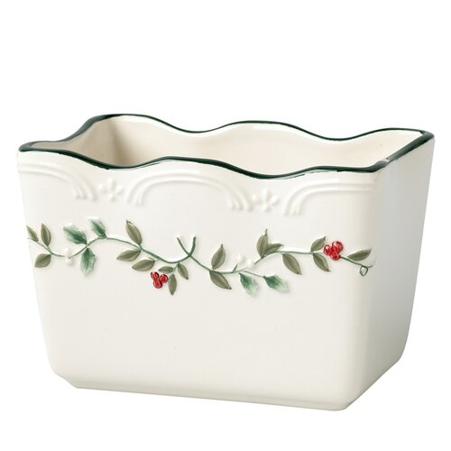 Pfaltzgraff Winterberry Cracker Basket