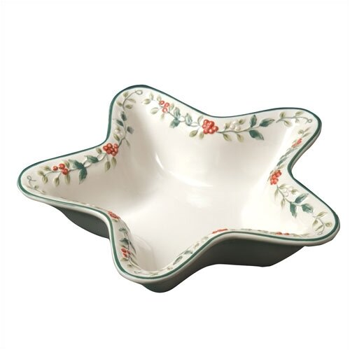 "Pfaltzgraff Winterberry Star Shaped 11"" Serving Bowl"