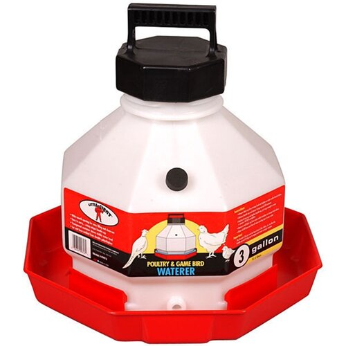 Miller Mfg Plastic Poultry Waterer in Red
