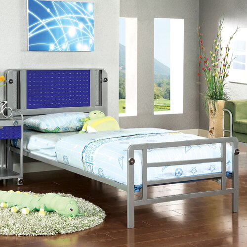 Boltor Platform Bed