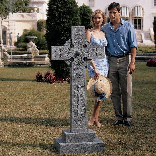 Chisholm Highland Celtic Cross Statue