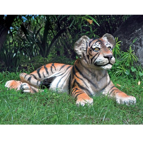 Design Toscano The Grand Scale Wildlife Animal Lying Down Tiger Cub Statue