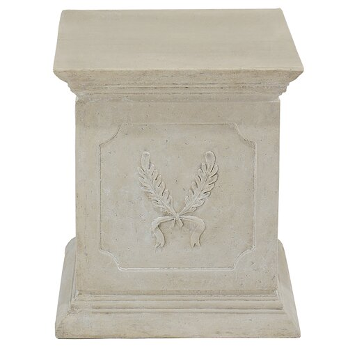 Laurel Pedestal