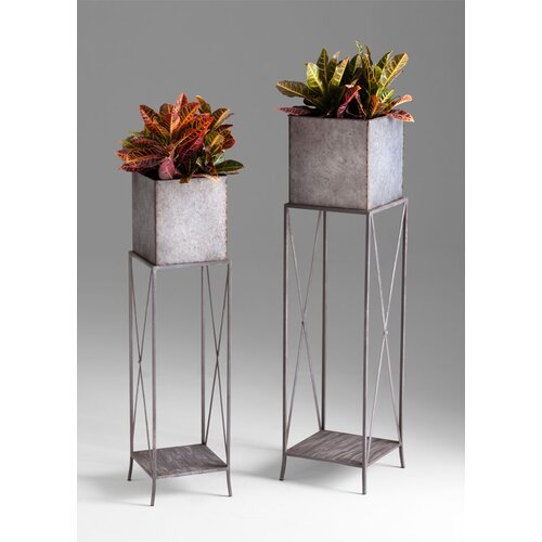 Newton Planters in Rustic Iron 2 Piece Set