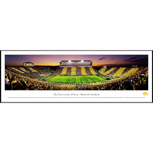 Blakeway Worldwide Panoramas, Inc NCAA The University of Iowa - Spirit Week Standard Framed Photographic Print