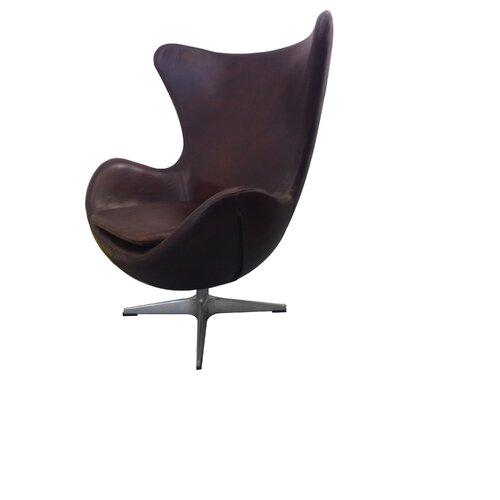 St. Anne Club Chair