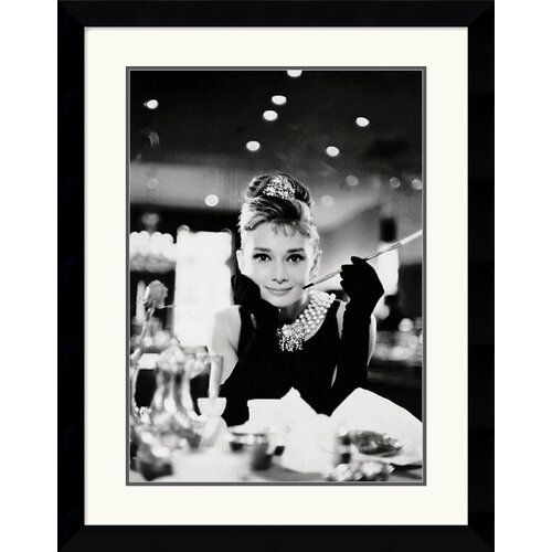 Amanti Art Audrey Hepburn - Breakfast at Tiffany's Framed Photographic Print