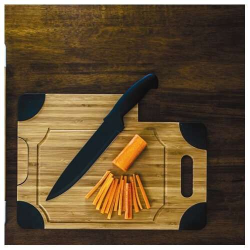 Culina Cutting Board with Knife