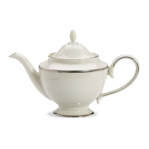 Tuxedo Platinum 1.25-qt. Teapot with Lid