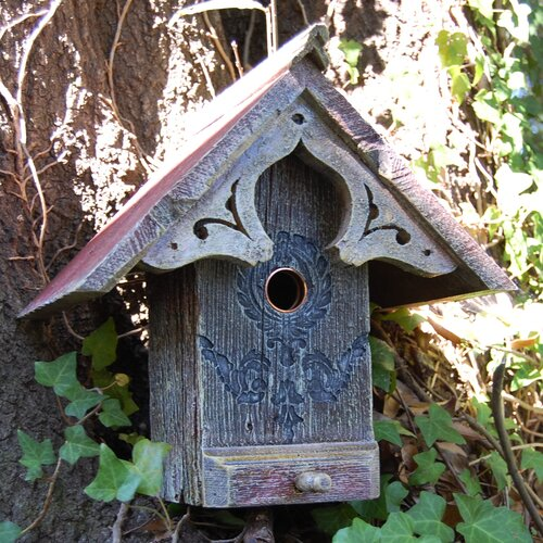 Griffith Creek Designs English Cottage Bird House