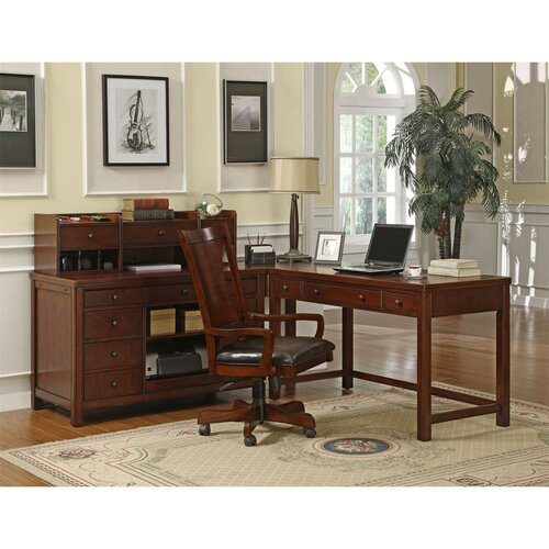 Riverside Furniture Avenue High Back Desk Chair with Arms