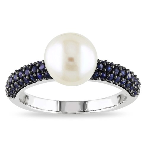 Gold Round Cut Pearl Ring