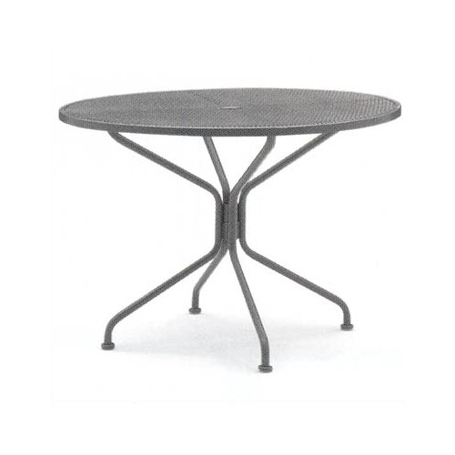 Woodard Briarwood Round Umbrella Dining Table