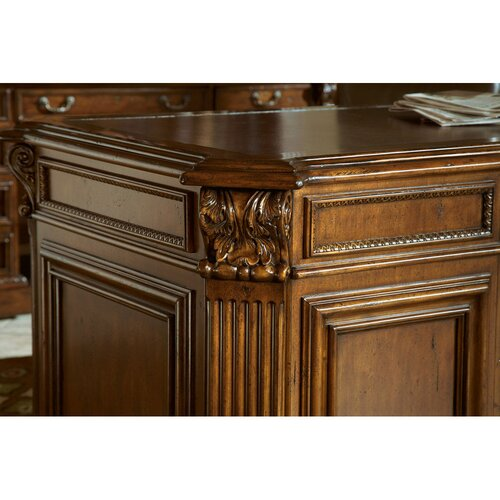 Sligh Laredo Pedestal Desk