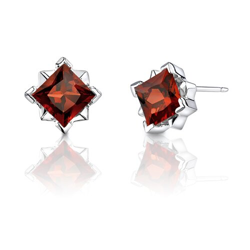 2.50 Carats Princess Cut Garnet Earrings in Sterling Silver
