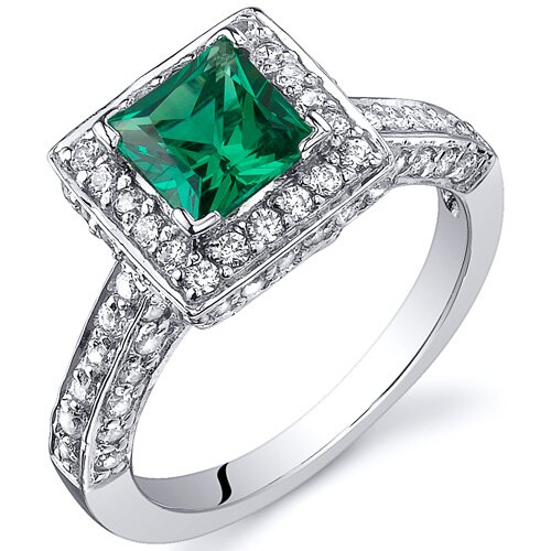 0.75 Carats Princess Cut Emerald Engagement Ring