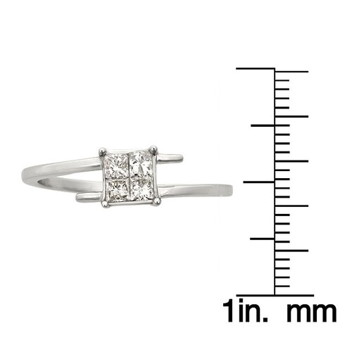A Jewelers 14k White Gold 1/3ct TDW Princess Diamond Engagement Ring