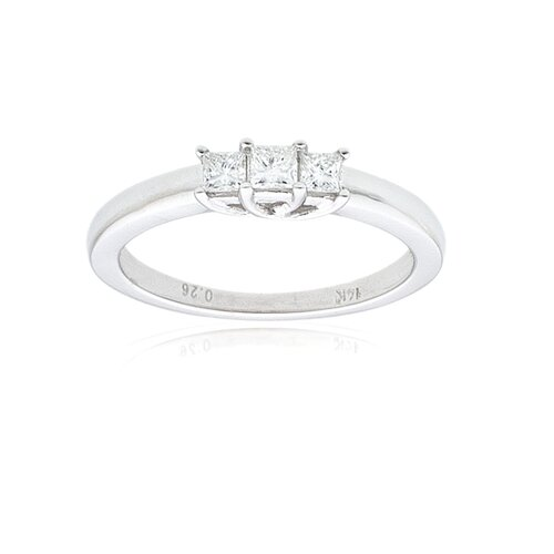 A Jewelers 14k White Gold 1/4ct TDW Diamond 3-Stone Ring