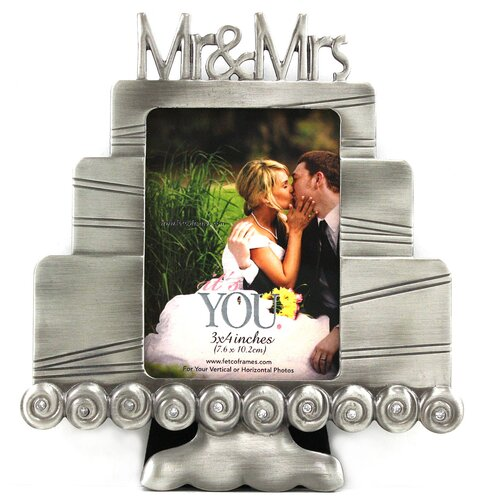 Fetco Home Decor Kia Cake - Mr. and Mrs. Photo Frame