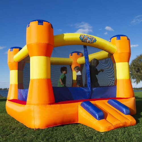 Blast Zone Place Palace Bounce House